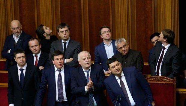 Как будто знали: депутаты утвердили план бегства перед атакой России в Азовском море
