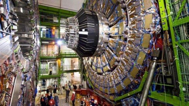 Адронний коллайдер запрацює удвічі потужніше