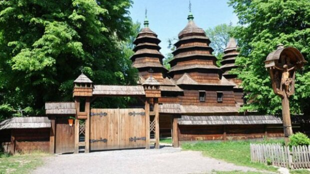 Львов, ты просто космос: в Шевченковском роще восстановят старинный ветряк, - вот эта красота
