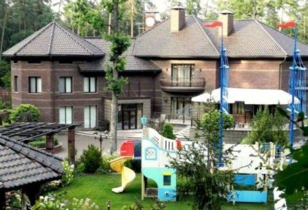 Суд арестовал особняк экс-замглавы Генпрокуратуры Кузьмина (ФОТО)