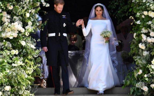 Сморчки і горох: чим годували на королівському весіллі Меган і Гаррі