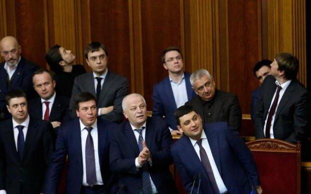 """Скасування найскандальнішого закону України: суд розставив крапки над """"i"""""""