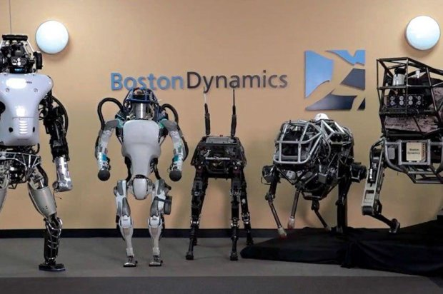 Boston Dynamics показала робота-грузчика на колесах: видео