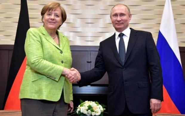 Зустріч Меркель і Путіна в Сочі: як канцлер Україну купувала