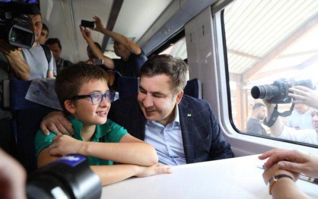 Саакашвілі і потяг: куди зникла стюардеса після прориву через кордон