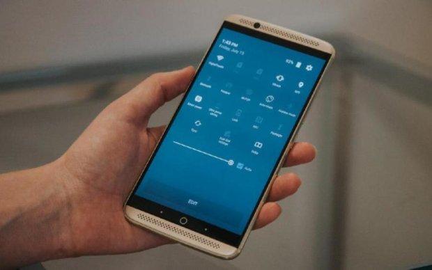 Китайского производителя смартфонов парализовал шпионский скандал