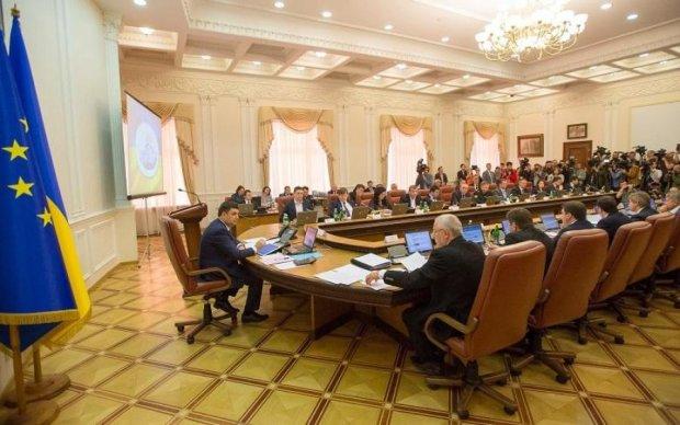 НАПК поставило оценку декларациям министров