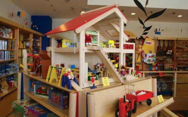 Смертоносні іграшки: батьки сліпо купували дорогу отруту