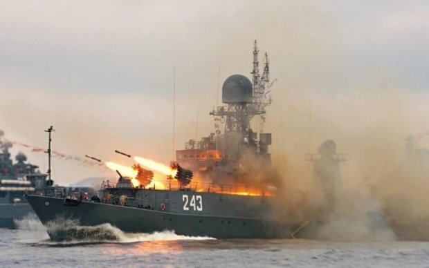 Ракеты наготове: Россия собралась бомбить Крым