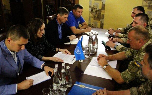 У штабі ООС розповіли про відведення сил на Донбасі: що відбувається на Станиці Луганській