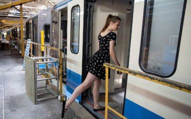 Богиня метро утерла нос простой смертной: видео