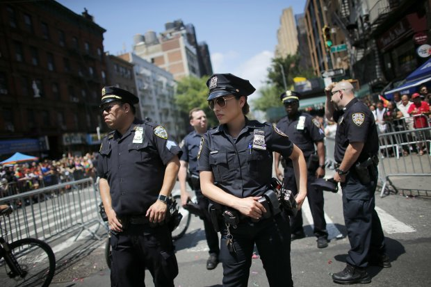 Нью-Йоркські поліцейські готуються зупинити біологічні напади