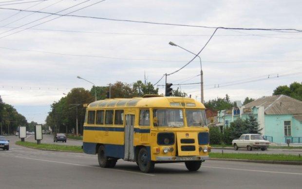 Коммунальщики пытались отдать миллионы за российские автобусы