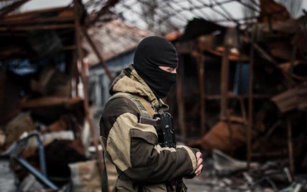 Україна повинна призначити свого представника на переговори з мирного врегулювання, - Вакаров