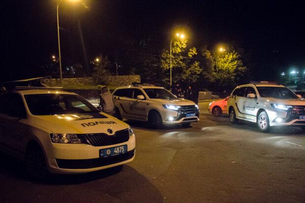 Жизнь киевлянина оценили в старенький телефон, несчастного собирают по частям: дерзкий налет попал на видео