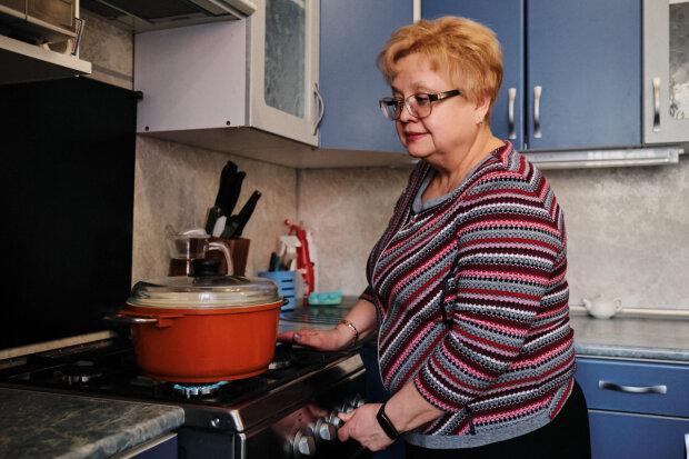 Українці віддадуть за газ останнє, опалювальний сезон обіцяє цілий мішок випробувань: озвучено нові тарифи