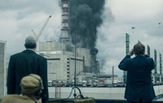 Реальність страшніша за серіал: унікальні кадри з Чорнобиля у перші години після вибуху