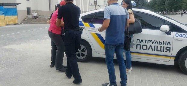 """В Запорожье накрыли банду """"работников банка"""", один звонок - и на вашей карте ноль гривен"""