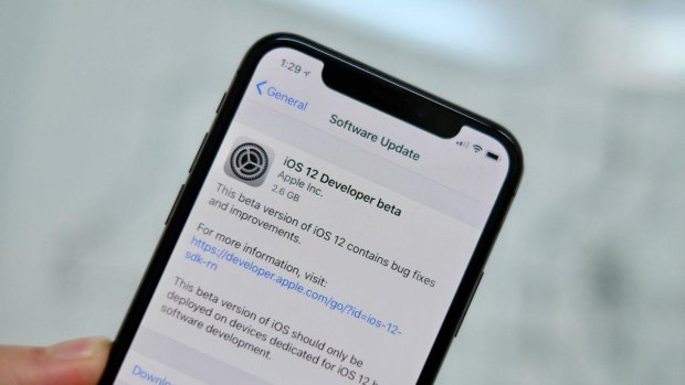 Apple отказалась от iOS 12.1.4: слишком много проблем