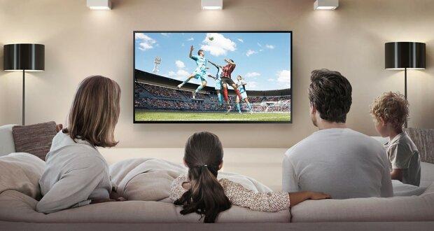 Украинцы останутся без телевидения: когорта развлекательных каналов покинет экраны
