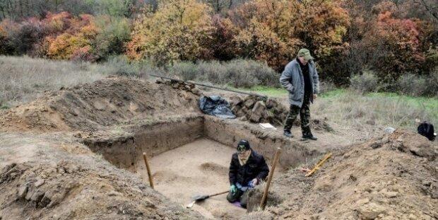 Розкопки, фото: Укрінформ