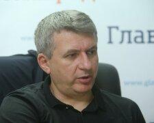 Юрий Романенко, фото из свободных источников