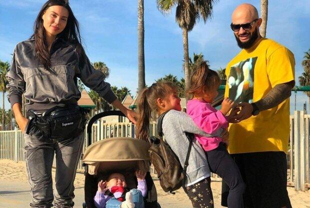 Самойлова с Джиганом и детьми, фото Instagram