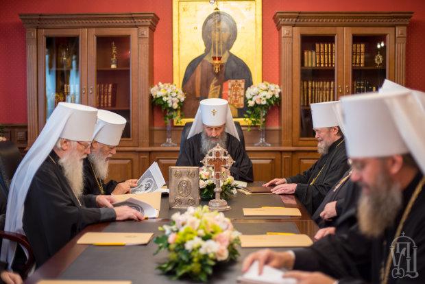 Автокефалия для Украины: Константинополь устроил безжалостную взбучку путинским попам, запомнят надолго