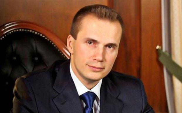 Батя, я старався: стало відомо, скільки вкрав син Януковича