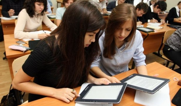 Шкільні комп'ютери не підвищують успішність учнів - дослідження