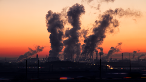 В воздухе, в воде, в домашней пыли: экологи обнаружили новое опасное вещество