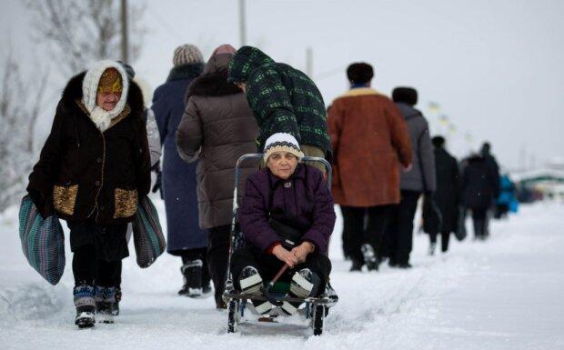 """Перерасчет пенсий в 2020 году: украинцам показали важную формулу, чей кошелек станет """"толще"""""""