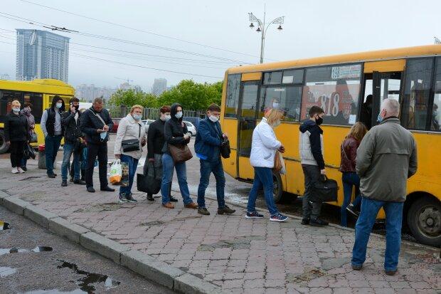 Киевские маршрутки, скриншот видео