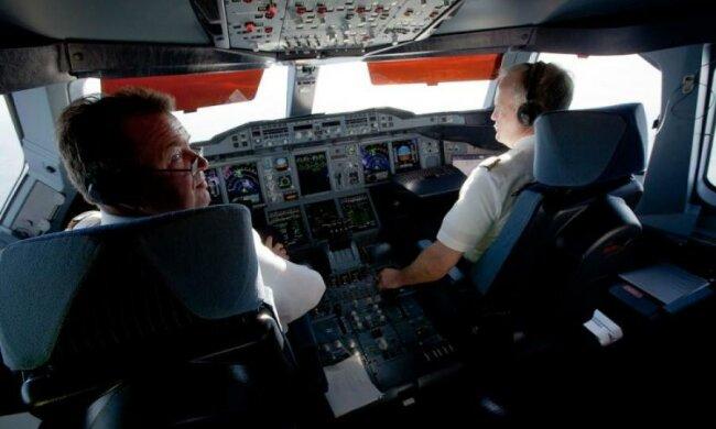 Співаючий пілот паралізував роботу аргентинського аеропорту