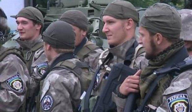 На Донбас вирушили 180 міліціонерів з Житомирщини та Харкову