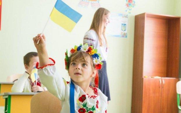 Російська з примусу: як маніпулюють двомовним навчанням у школах