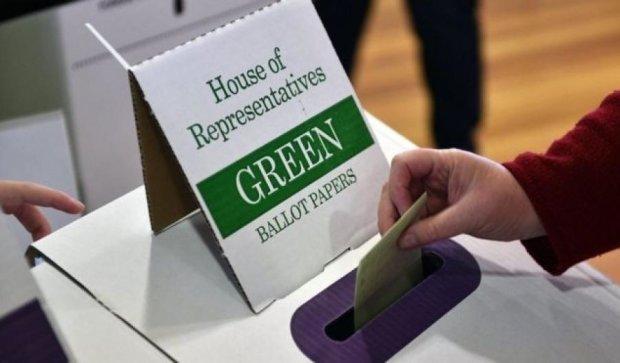Плохой клей сорвал президентские выборы в Австралии