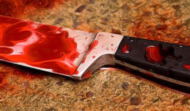 Ревнивий херсонець накинувся на дружину з ножем