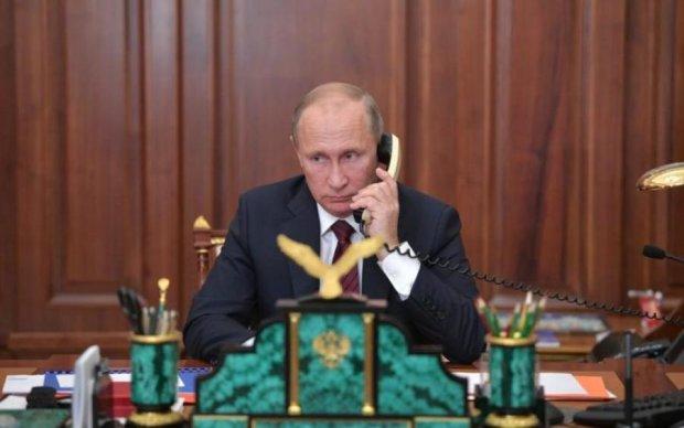 Допомога та обмін полоненими: Порошенко подзвонив Росії, а підняв Путін