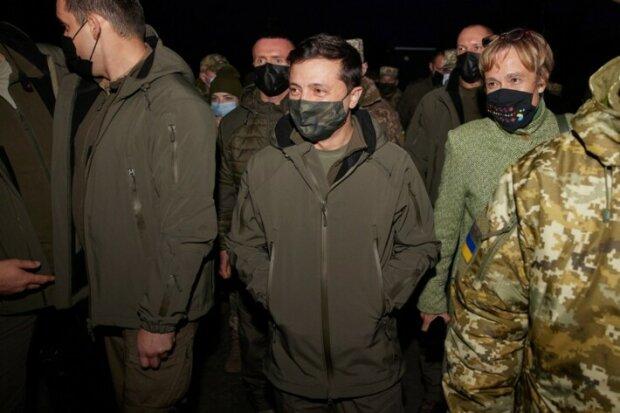 Визит президента Владимира Зеленского на Донбасс, фото: Facebook