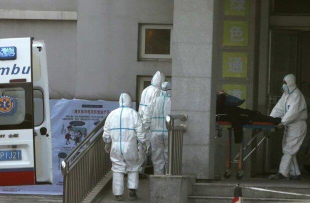 Китайський вірус, який підкосив сотні людей, кочує світом, українцям радять приготуватися: як зберегти життя