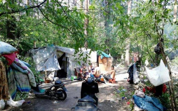 Епічна битва ромів з захисниками природи у Києві потрапила на відео