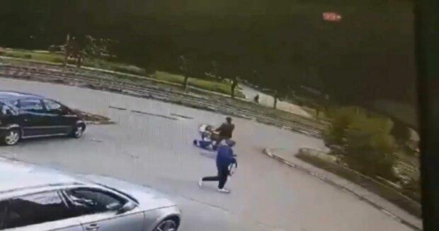 В Киеве вор-ниндзя оставляет машины без владельцев - ни прав, ни паспорта