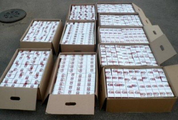 Правоохранители изъяли 674 тыс. пачек контрабандных сигарет