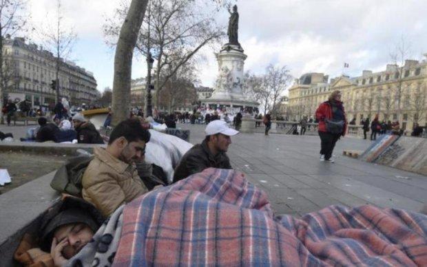 """Депутаты """"переспали"""" с бездомными"""