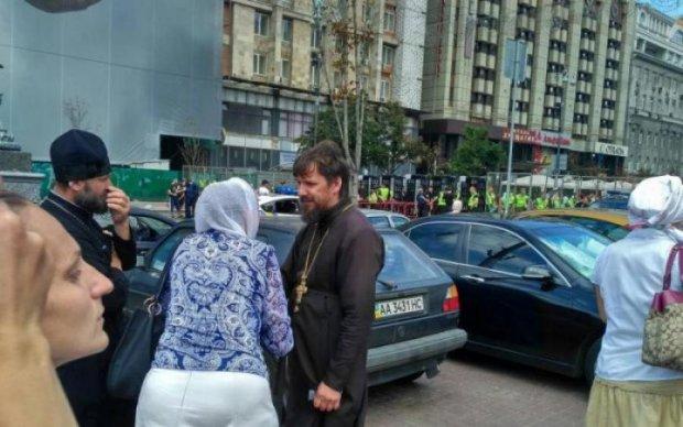 Скандал на похоронах дитини: московський піп шокував цинічною заявою