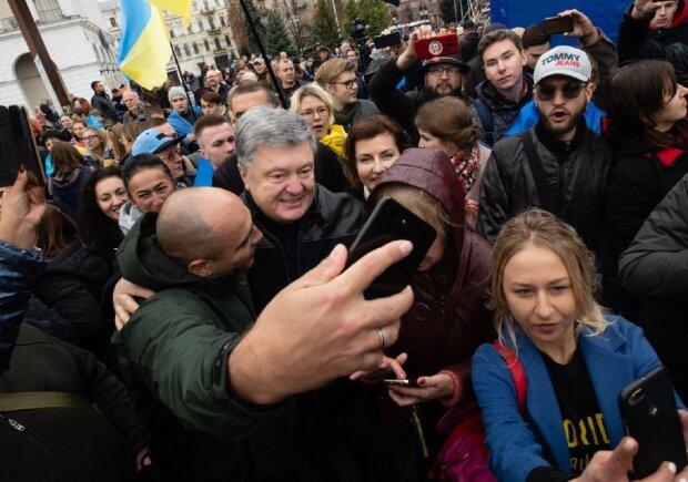 Петро Порошенко на Майдані, Новое Время