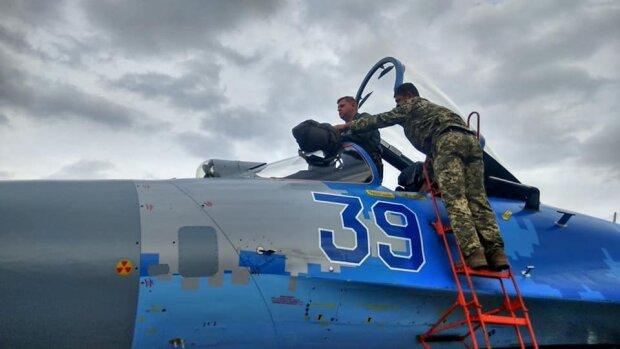 Українському льотчику немає рівних на міжнародній арені, завоював другу нагороду поспіль: епічні кадри
