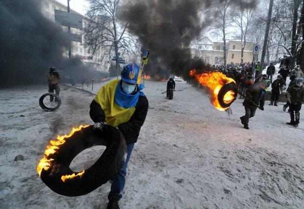 Евромайдан, протестные акции - фото Андрея Еловикова