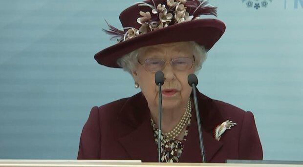 Єлизавету II закрили на карантин, королева виступила зі зверненням до нації